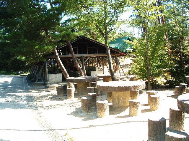 イヌ村炊飯場